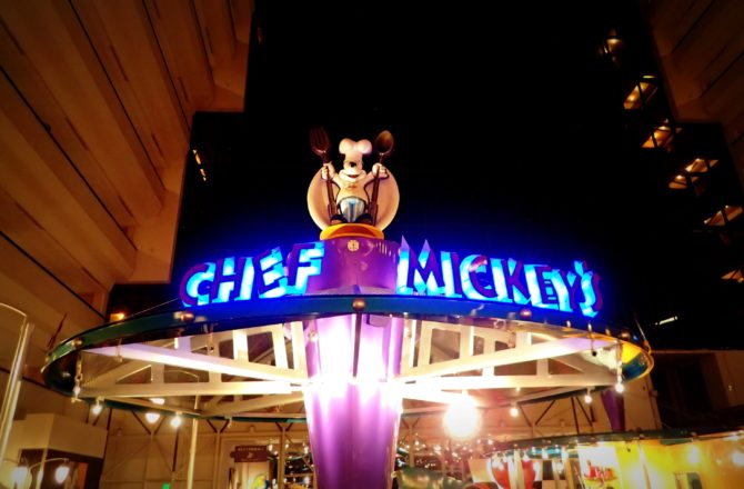 Dinner at Chef Mickey's-Disney World